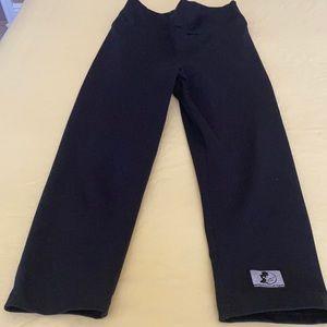 Celestial Bodiez black cropped leggings. Small